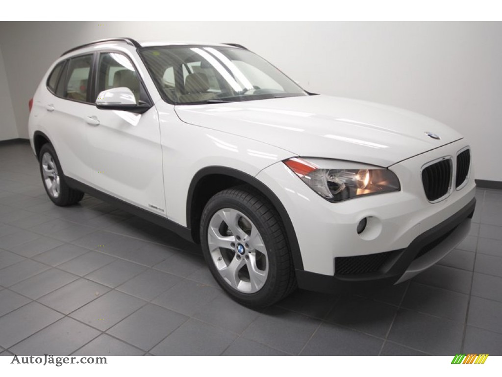 2013 bmw x1 sdrive 28i in alpine white w41374 auto. Black Bedroom Furniture Sets. Home Design Ideas