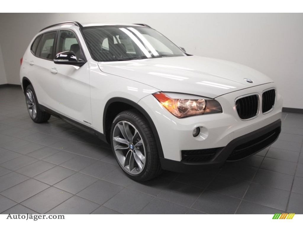 2013 bmw x1 sdrive 28i in alpine white w41097 auto. Black Bedroom Furniture Sets. Home Design Ideas
