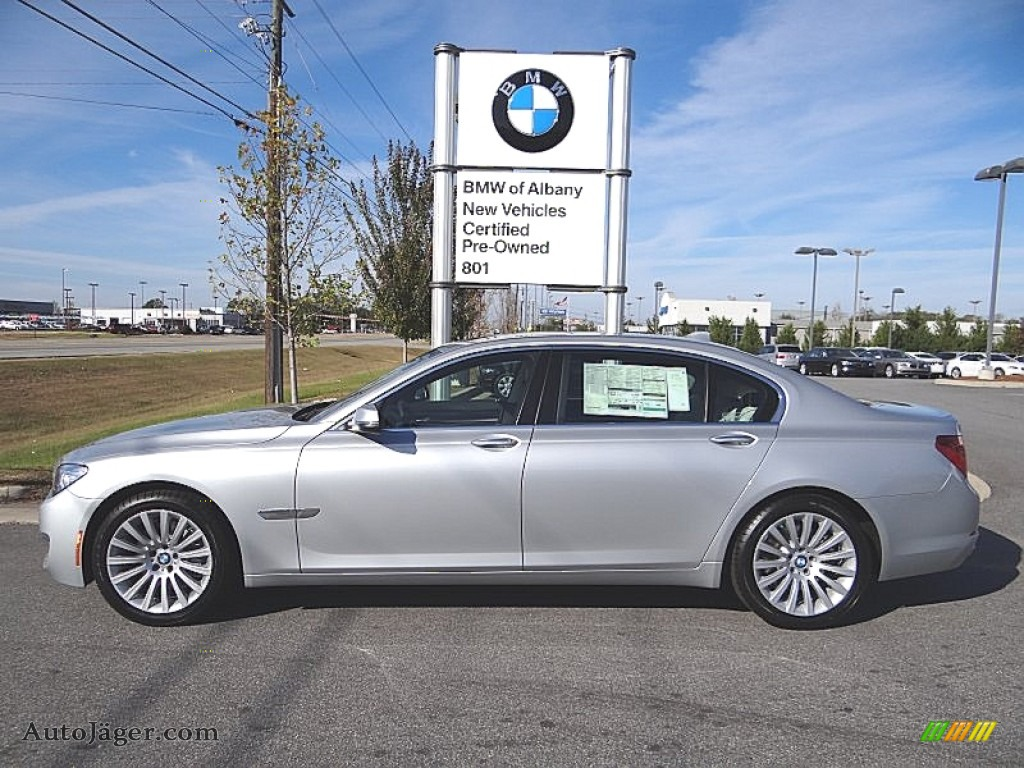 Glacier Silver Metallic Ivory White Black BMW 7 Series 740Li Sedan