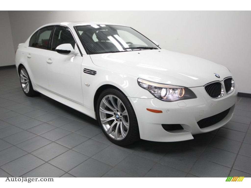 2010 bmw m5 in alpine white photo 22 043298 auto j ger german cars for sale in the us. Black Bedroom Furniture Sets. Home Design Ideas