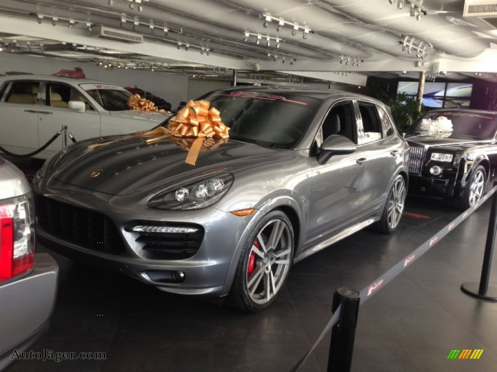 2013 porsche cayenne gts in meteor grey metallic a74300 auto j ger german cars for sale in. Black Bedroom Furniture Sets. Home Design Ideas