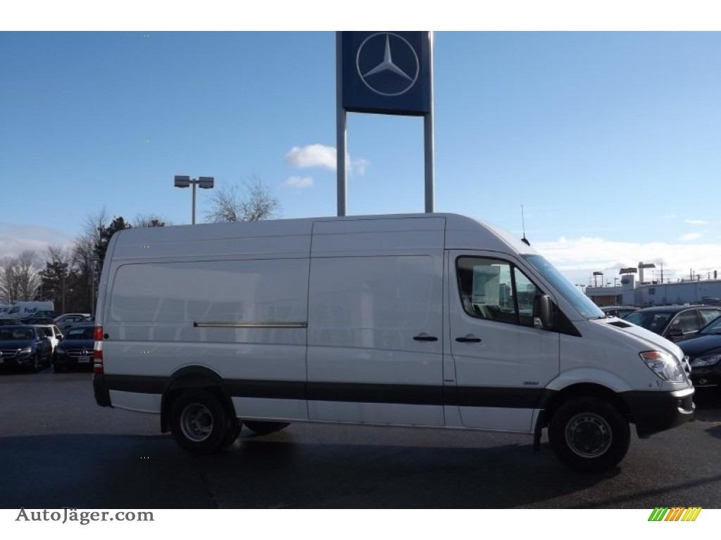 mercedes sprinter fuel tank size. Black Bedroom Furniture Sets. Home Design Ideas