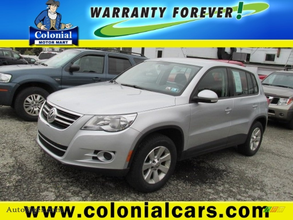 2010 volkswagen tiguan sel 4motion in reflex silver for Colonial motors indiana pa