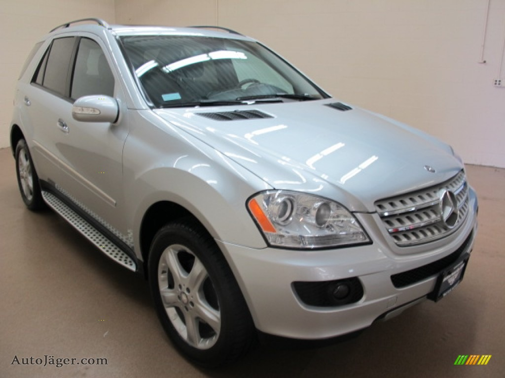 2008 mercedes benz ml 320 cdi 4matic in iridium silver. Black Bedroom Furniture Sets. Home Design Ideas