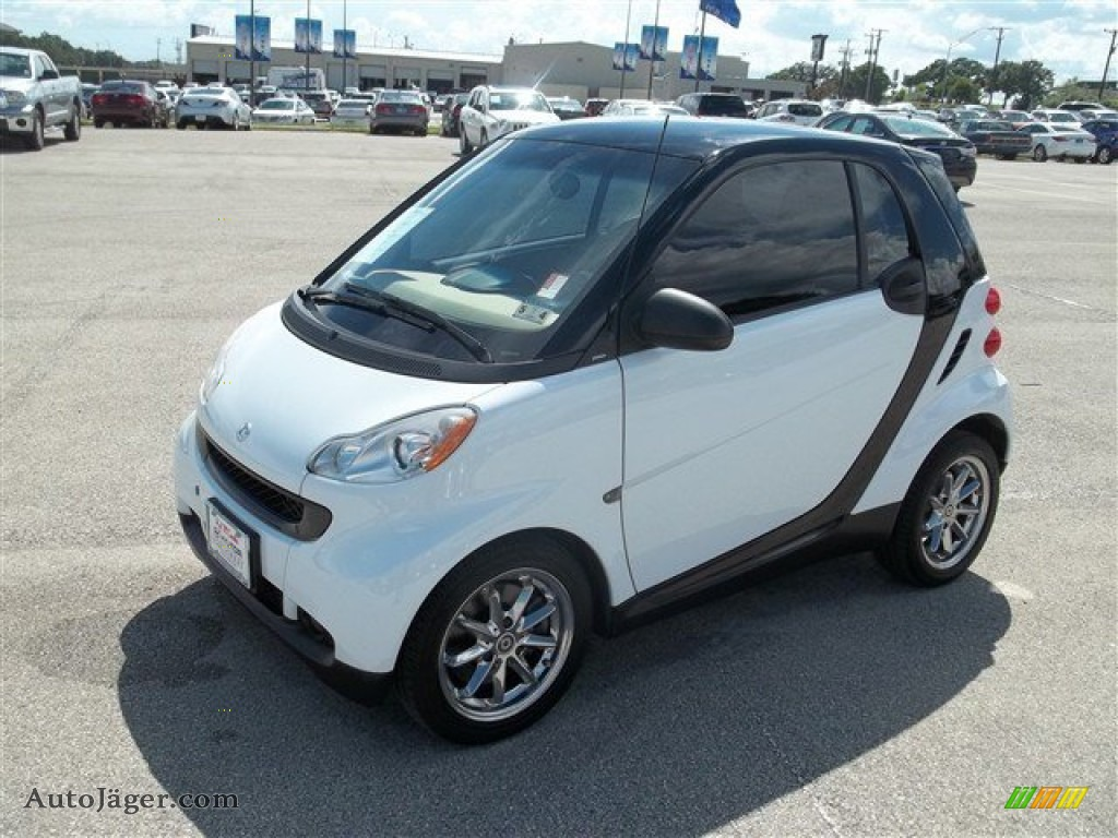 2008 smart fortwo pure coupe in crystal white 126298 auto j ger german cars for sale in the us. Black Bedroom Furniture Sets. Home Design Ideas