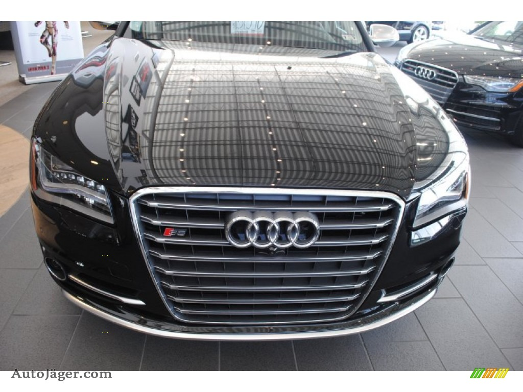 2014 S8 quattro S - Phantom Black Pearl / Black photo #2