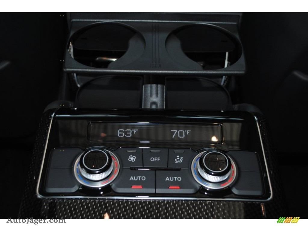 2014 S8 quattro S - Phantom Black Pearl / Black photo #37