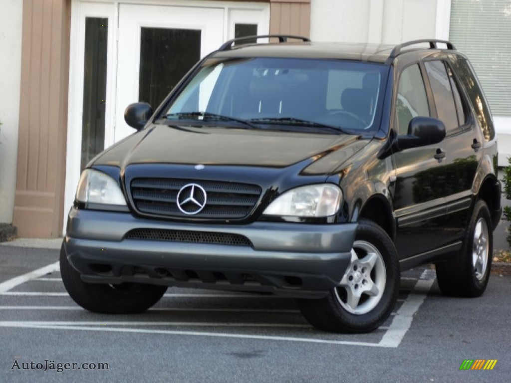 1999 mercedes benz ml 320 4matic in black 066981 auto for Mercedes benz 1999 ml320