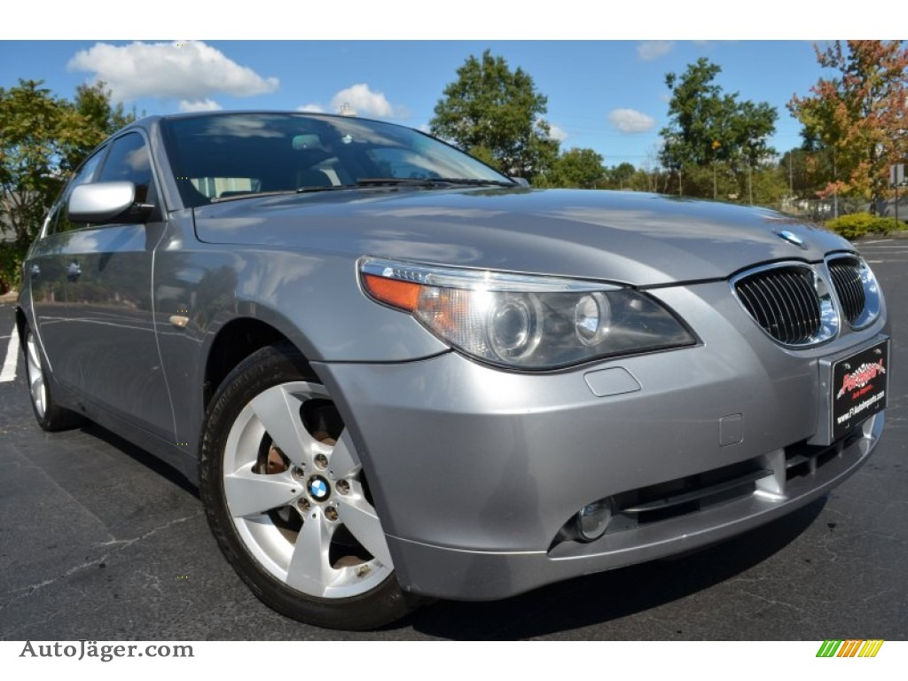 2007 bmw 5 series 530xi sedan in silver grey metallic. Black Bedroom Furniture Sets. Home Design Ideas