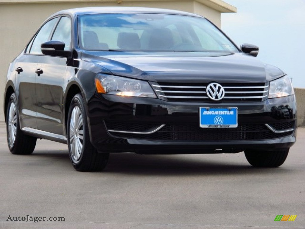 2014 volkswagen passat 2 5l s in black 028721 auto. Black Bedroom Furniture Sets. Home Design Ideas