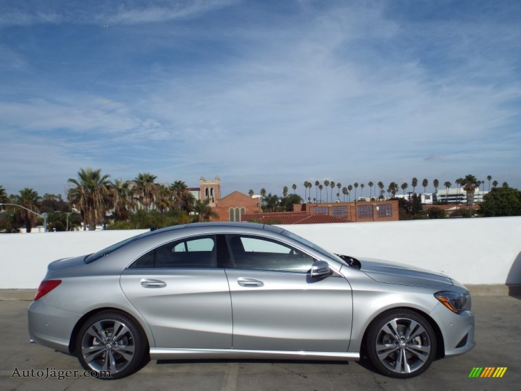 2014 mercedes benz cla 250 in polar silver metallic photo for Mercedes benz silver