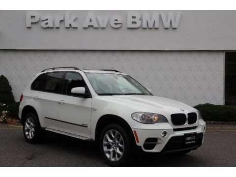 Alpine White 2011 BMW X5 xDrive 35i