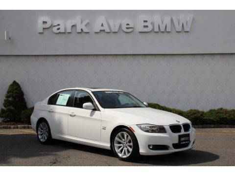 Alpine White 2011 BMW 3 Series 328i xDrive Sedan