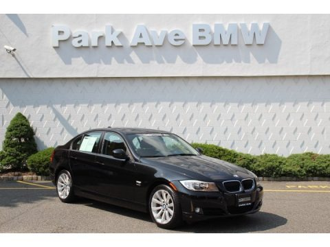 Black Sapphire Metallic 2011 BMW 3 Series 328i xDrive Sedan
