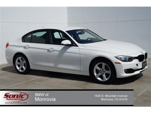 Alpine White 2014 BMW 3 Series 320i Sedan
