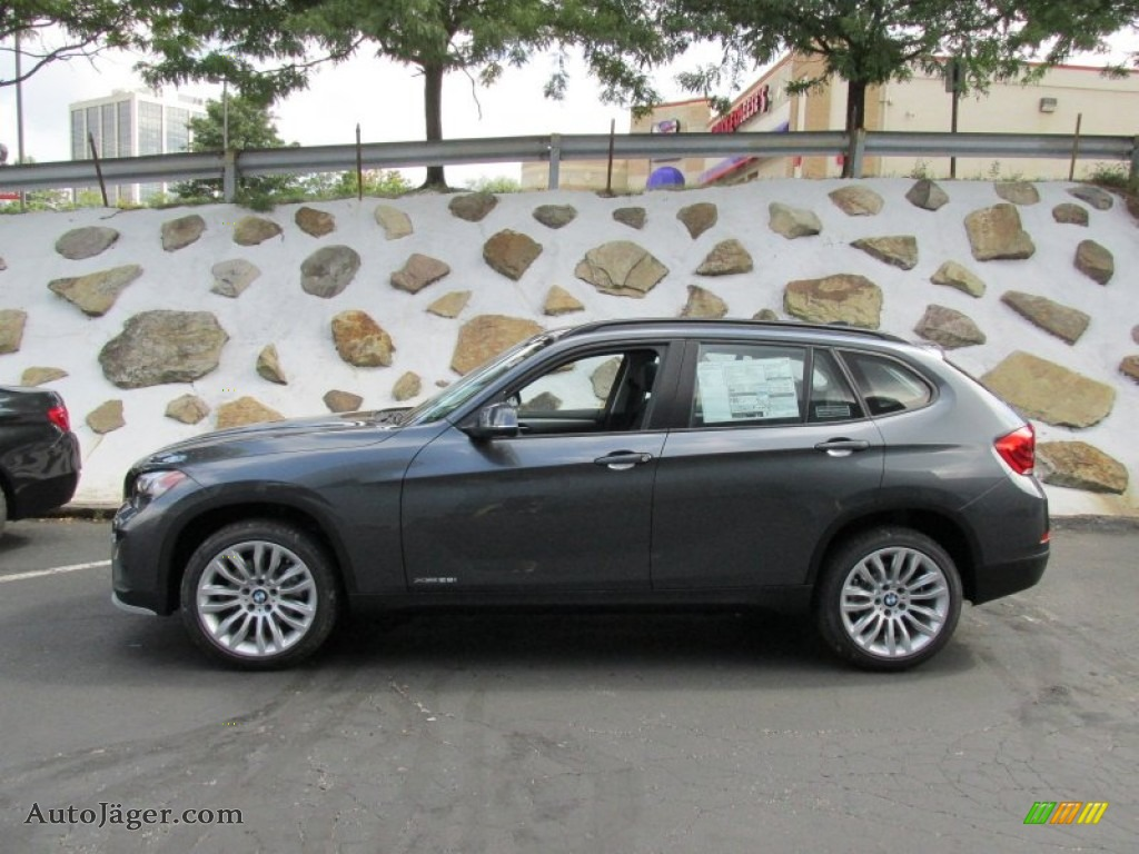 2015 BMW X1 XDrive28i In Mineral Grey Metallic Photo 2